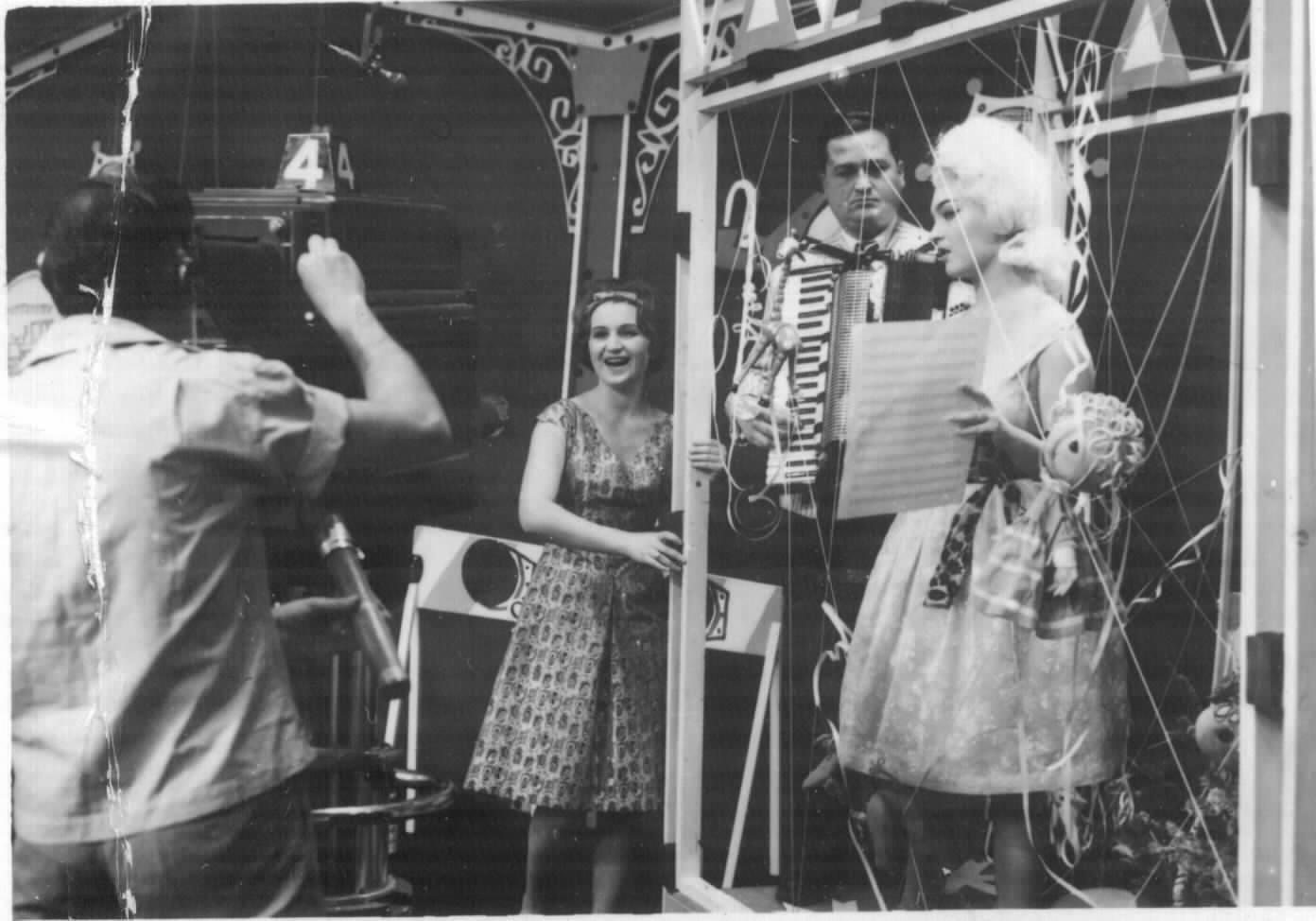 Revelion 1964, TVR